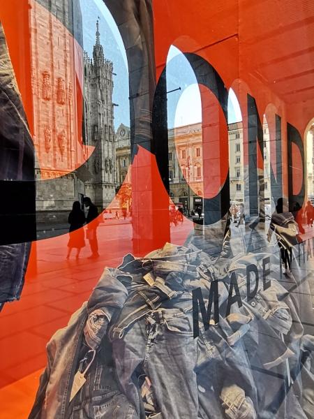 Vetrine e riflessi, Milano 08.10.2020